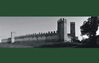 Mura di Montagnana in bianco e nero