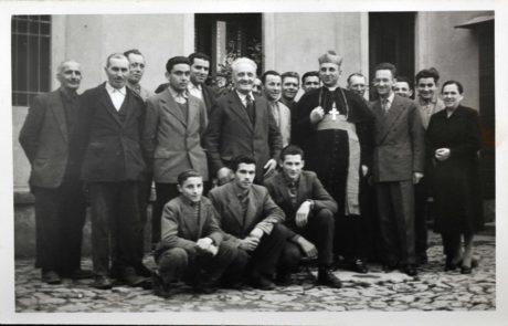i lavoratori con S.E. Giovanni Moccellini